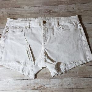 Blank NYC Shorts White